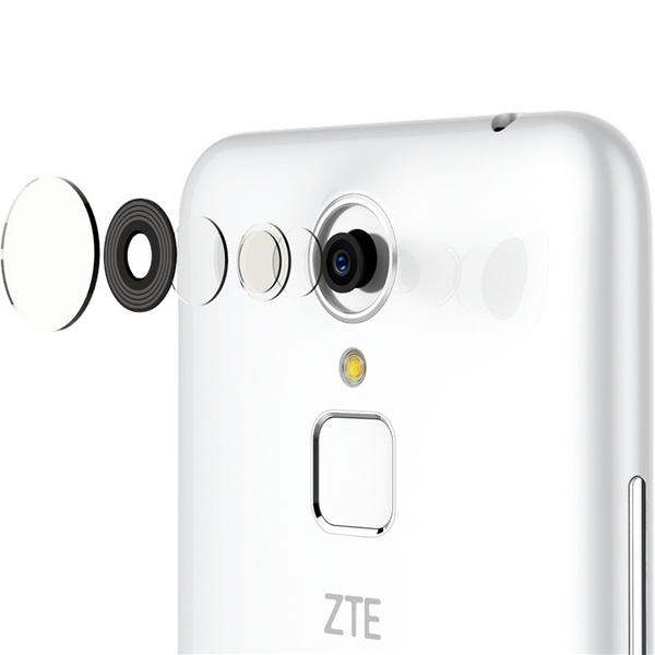 Смартфон ZTE Blade A1 со сканером отпечатков пальцев